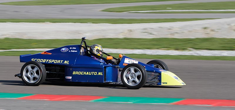 Formule Subaru 2.0 track car -1